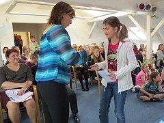 První místo si ze soutěže odnesla Veronika Dziergasová se svou knihou Tajemný sklep.