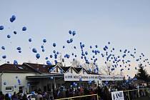 V Brušperku 9. prosince vyslali děti svá přání Ježíškovi v modrých baloncích.