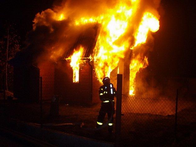 Požár domu v Paskově.