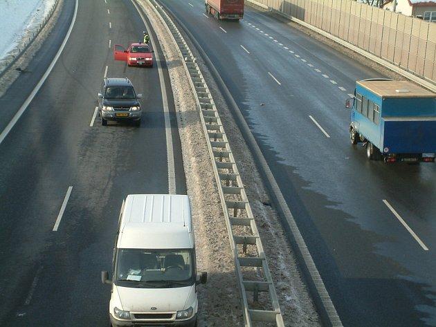 Silnice z Dobré do Tošanovic. Ilustrační snímek.