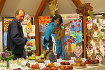 Dům zahrádkářů ve Fryčovicích hostí během víkendu tradiční výstavu ovoce, zeleniny, užitkových rostlin a žákovských prací.