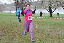 Běžce neodradilo od účasti ani chladné počasí.