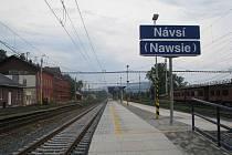 Železniční stanice Návsí.