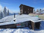 Bezručova chata na Lysé hoře v zimě. Ilustrační foto.