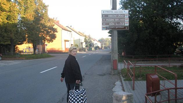 Centrum Lučiny. V obci na břehu Žermanické přehrady žije asi 1300 obyvatel.