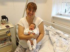 Anežka Kufová s maminkou, Dolní Lomná, nar. 31.10, 48 cm, 3 kg, Nemocnice Třinec.