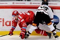 Hokejisté Třince proti Spartě.
