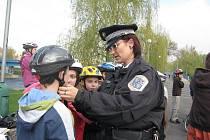 Městská policie z Frýdku-Místku při dopravní akci pro děti základních škol.