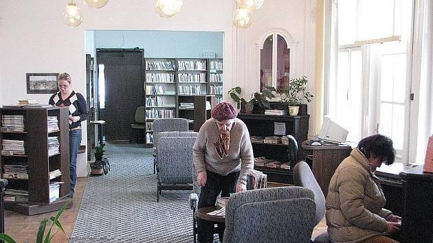 Knihovna na Jiráskově ulici ve Frýdku. Ilustrační foto.