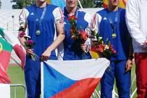 Bystřický pětibojař Marek Grycz (na fotce zcela vlevo) si z evropského šampionátu devatenáctiletých přivezl dvě stříbrné medaile.