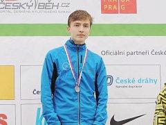 Thomas Hlavačka doběhl na MČR v přespolním běhu ve své věkové kategorii na krásném druhém místě.