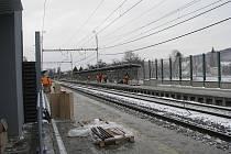 Nová železniční zastávka v Třinci-Lyžbicích je téměř hotova.