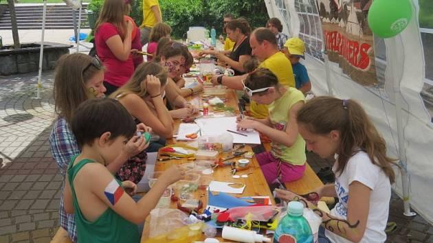 V pátek a sobotu se v areálu kina Kosmos v Třinci uskutečnil další ročník celostátní přehlídky činnosti dětských organizací.