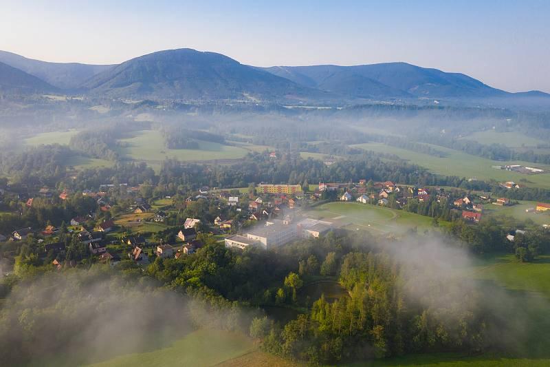Letecký pohled na Kunčice pod Ondřejníkem. Archiv obce Kunčice pod Ondřejníkem