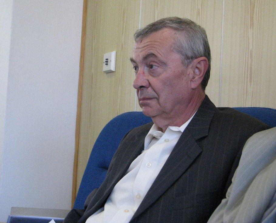 Ivan Laška na jednání třineckých zastupitelů.
