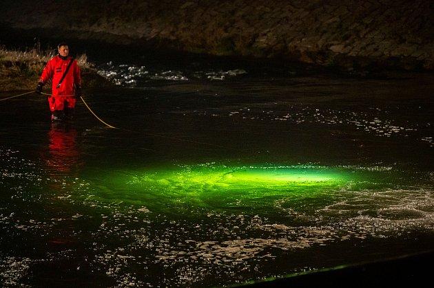 Tragické utonutí na splavu Kamenec ve Frýdlantu nad Ostravicí, 2.dubna 2021.