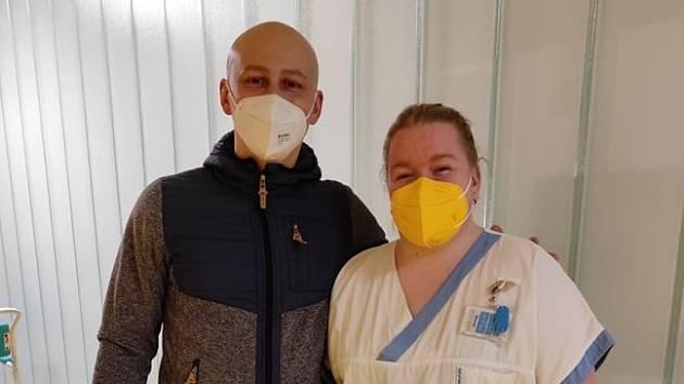 Zdravotníci z Nemocnice ve Frýdku-Místku, kteří pomáhali malému Toníčkovi na svět.