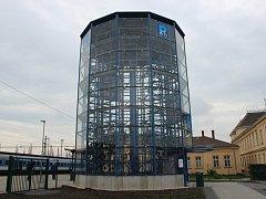 Parkovací dům pro jízdní kola v Přerově.