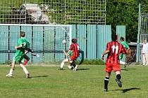 První gól utkání dal dobratický Marián Causidis (9).