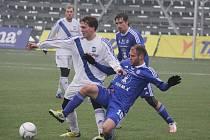Jednou ze zimních posil je útočník Martin Bačík (v bílém), který do Frýdku-Místku zamířil ze zlínského Fastavu. Bačík naposledy ale hrával v třetiligovém Zábřehu.