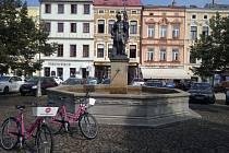 Obliba růžových kol předčila ve Frýdku-Místku očekávání.