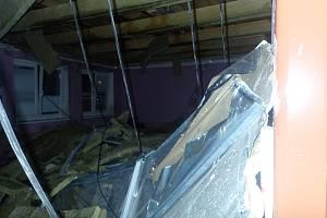 Voda poškodila stropy v ZUŠ Frýdek-Místek.