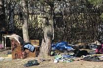 Tento nepořádek v Příborské ulici ve Frýdku-Místku mají na svědomí bezdomovci.