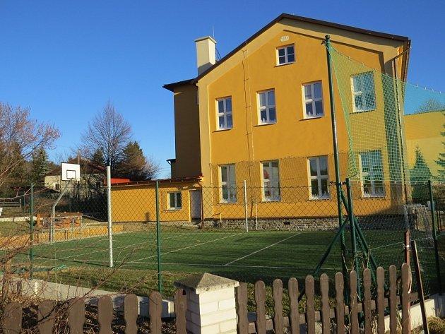 Základní škola v centru Pstruží prošla nedávno zásadní rekonstrukcí.