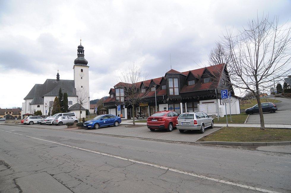 Obec Metylovice.