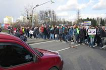 Protestní blokáda silnice.