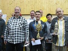 Vítězem 15. ročníku šachového turnaje Mostecká věž se stal Vojtěch Plát z ŠK JOLY Lysá nad Labem.