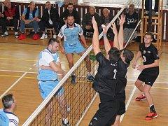 Volejbalisté ŠSK Beskydy vyzvou v sobotním dopoledni jejich největšího soupeře v boji o postup do 1. ligy.