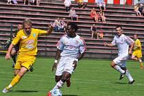 V zápase 3. kola druhé nejvyšší fotbalové soutěže remízovali fotbalisté Vlašimi na hřišti Třince 0:0.
