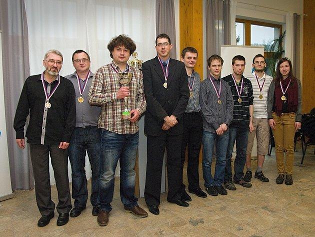 Šachisté BŠŠ Frýdek-Místek skončili v letošním extraligovém ročníku na třetím místě.