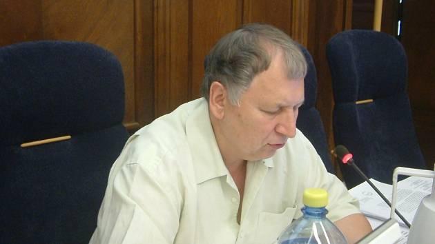 hájil městem vypracovaný strategický plán rozvoje a odmítl kritiku opozičních zastupitelů.