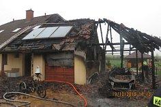 Požár domu v Návsí.
