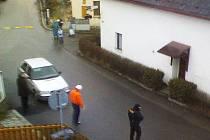 Celostátně hledaného muže zatkla zásahová jednotka dnes v sedm hodin ráno v Brušperku.