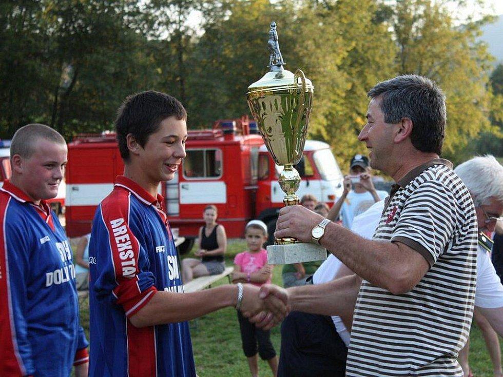 SDH v Dolní Lomné slaví 80 let. Sbor má nyní 53 členů, z toho 15 mladých hasičů, kteří se těší maximální podpoře.