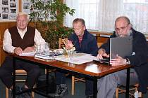 Hlavní protagonisté besedy – zleva: Stanislav Tofel (Čeladná), Petr Váňa (Frýdlant nad Ostravicí) a Jaromír Šupina (Palkovice).