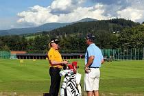 Miguel Angel Jiménez, největší hvězda golfového turnaje v Čeladné v roce 2011.