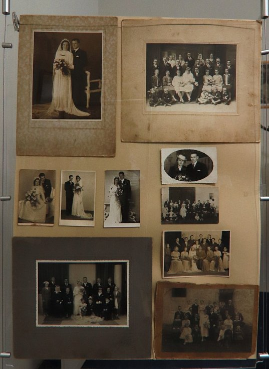 Výstava o svatbách v minulosti