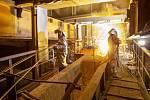 Specialisté oprav vysoké pece z Třineckých železáren.