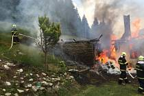 Požár roubenky v Morávce.
