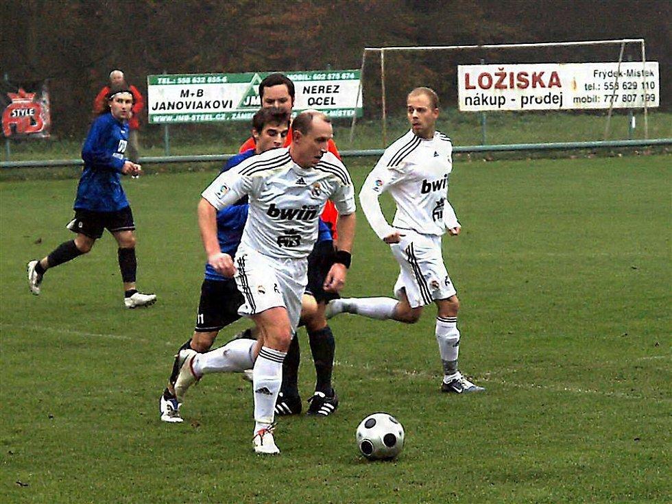 Lískovec - Hradec n. M.