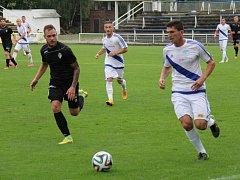 Druholigoví fotbalisté Frýdku-Místku poprvé v domácím prostředí nebodovali, když prohráli s Viktorií Žižkov 1:2.