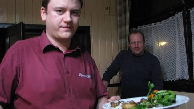 Tvarůžkové hody se o víkendu konaly v restauraci Park ve Frýdlantu nad Ostravicí. O akci byl tradičně velký zájem.