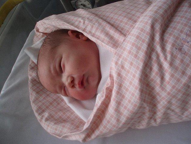 Veronika Byrtusová, Návsí, nar. 11. 8., 3,92 kg, Nemocnice Třinec.