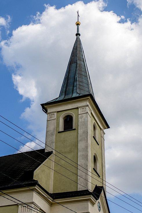Kostel sv. Cyrila a Metoděje v Chlebovicích, květen 2020. Ilustrační foto,