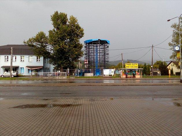 V červenci odstartovala stavba cyklistické věže v Třinci. Hotovo bude na podzim.