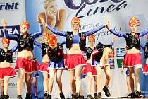Taneční skupina TS AKTIV  z Frýdku-Místku skončila v republikovém finále v Praze na druhém místě.